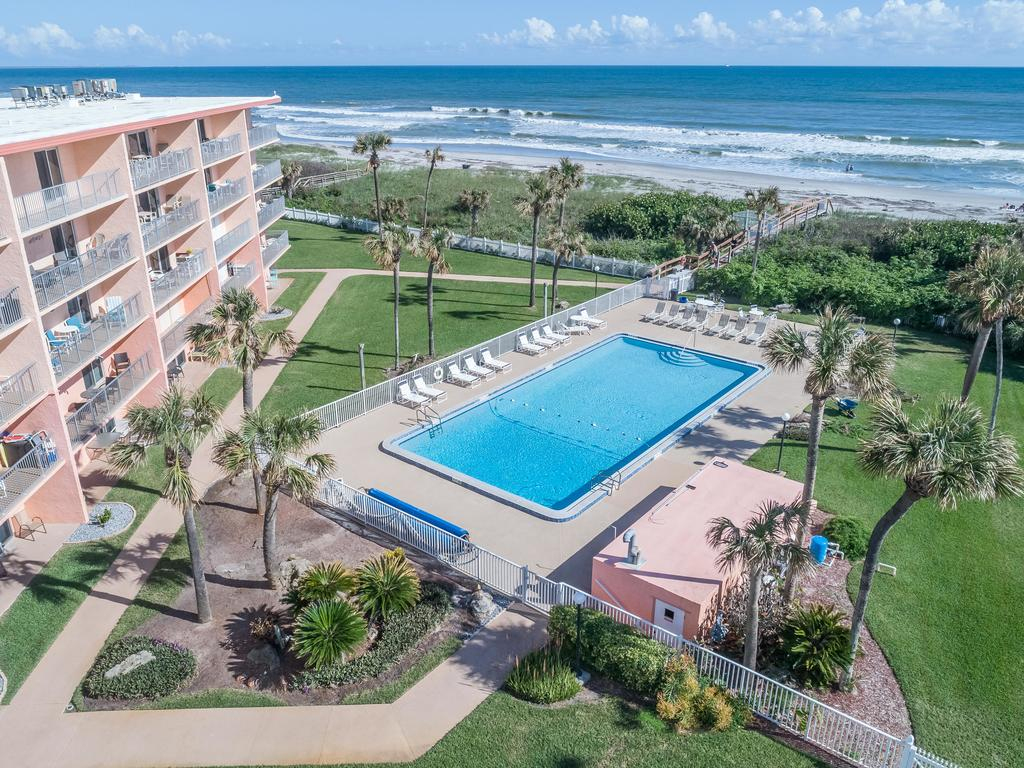 Apartment Cocoa Beach Towers, Fl - Booking - Map Of Hotels In Cocoa Beach Florida