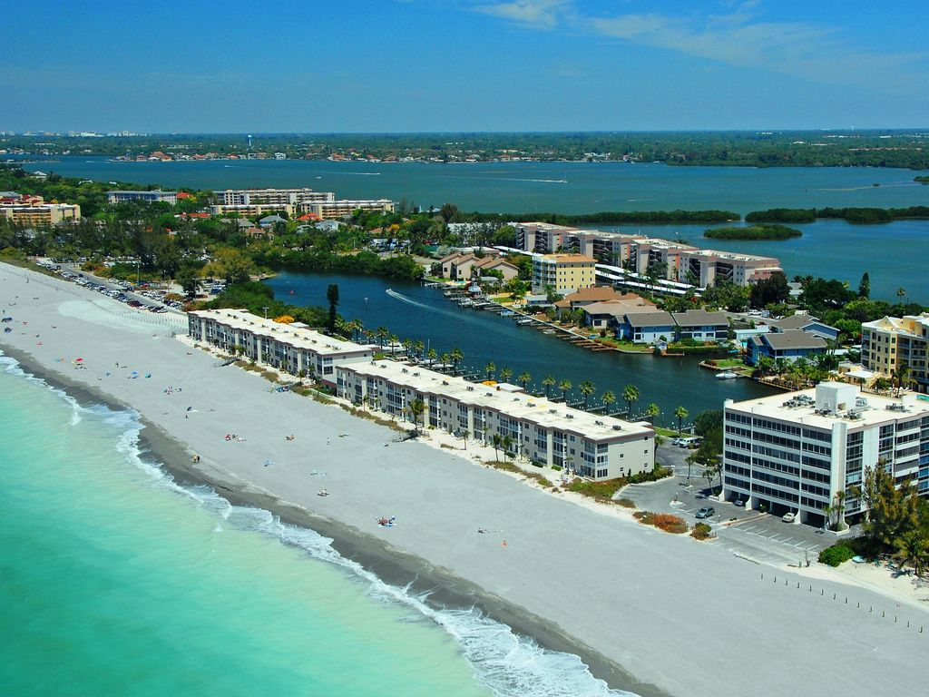 Beachfront - 1-Bedroom Condo At Fisherman's Cove - Free Boat Docks - Map Of Siesta Key Florida Condos