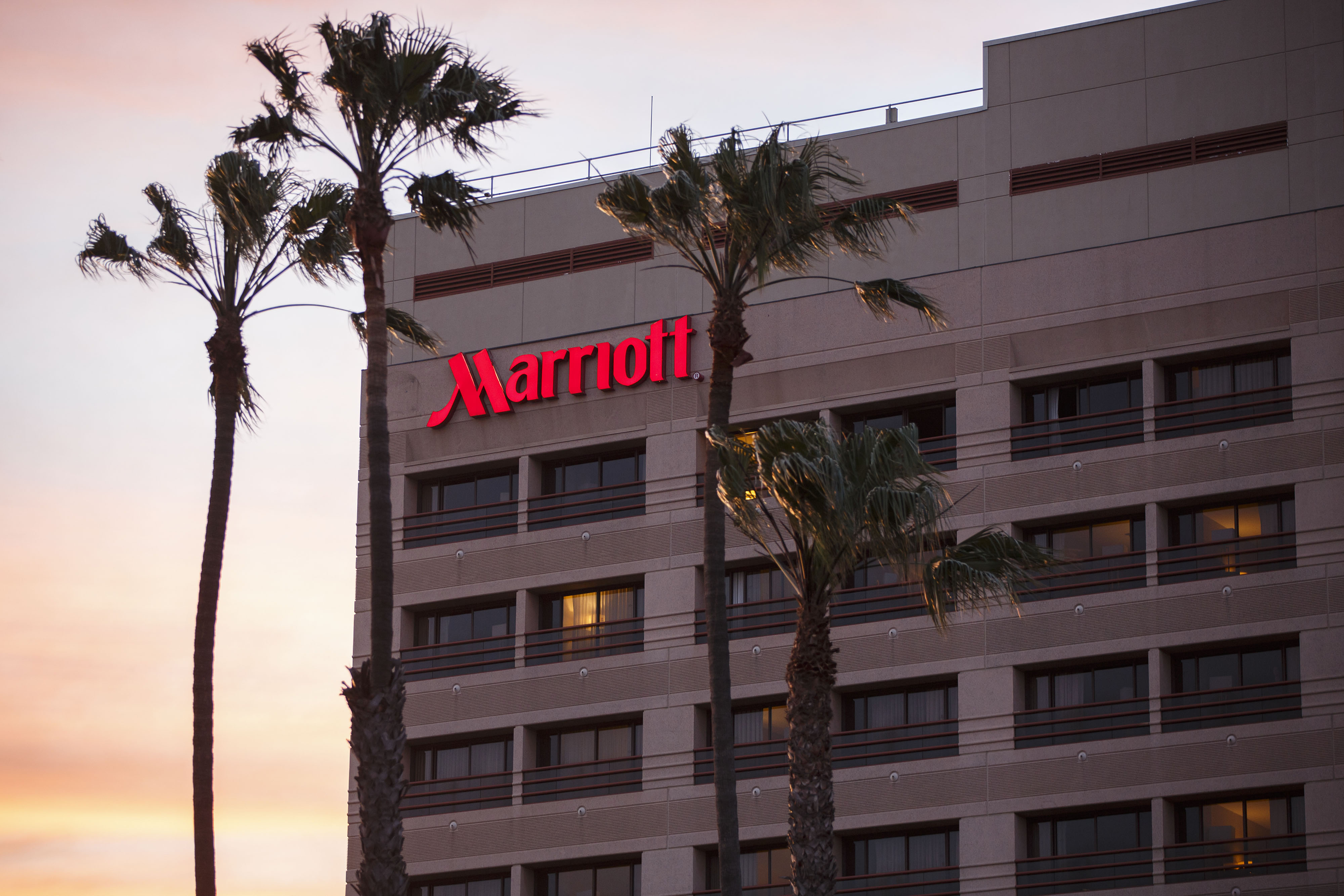 China Delays Decision On Marriott-Starwood Hotel Acquisition | Fortune - Spg Hotels California Map