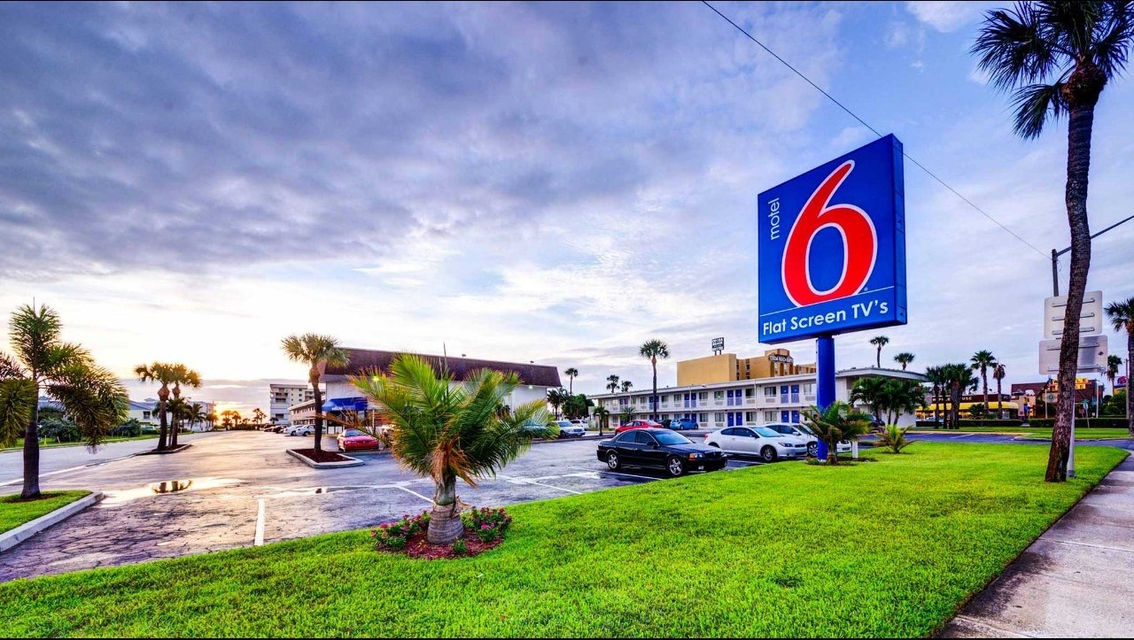 Motel 6 Cocoa Beach Hotel In Cocoa Beach Fl ($139+) | Motel6 - Motel 6 Florida Map