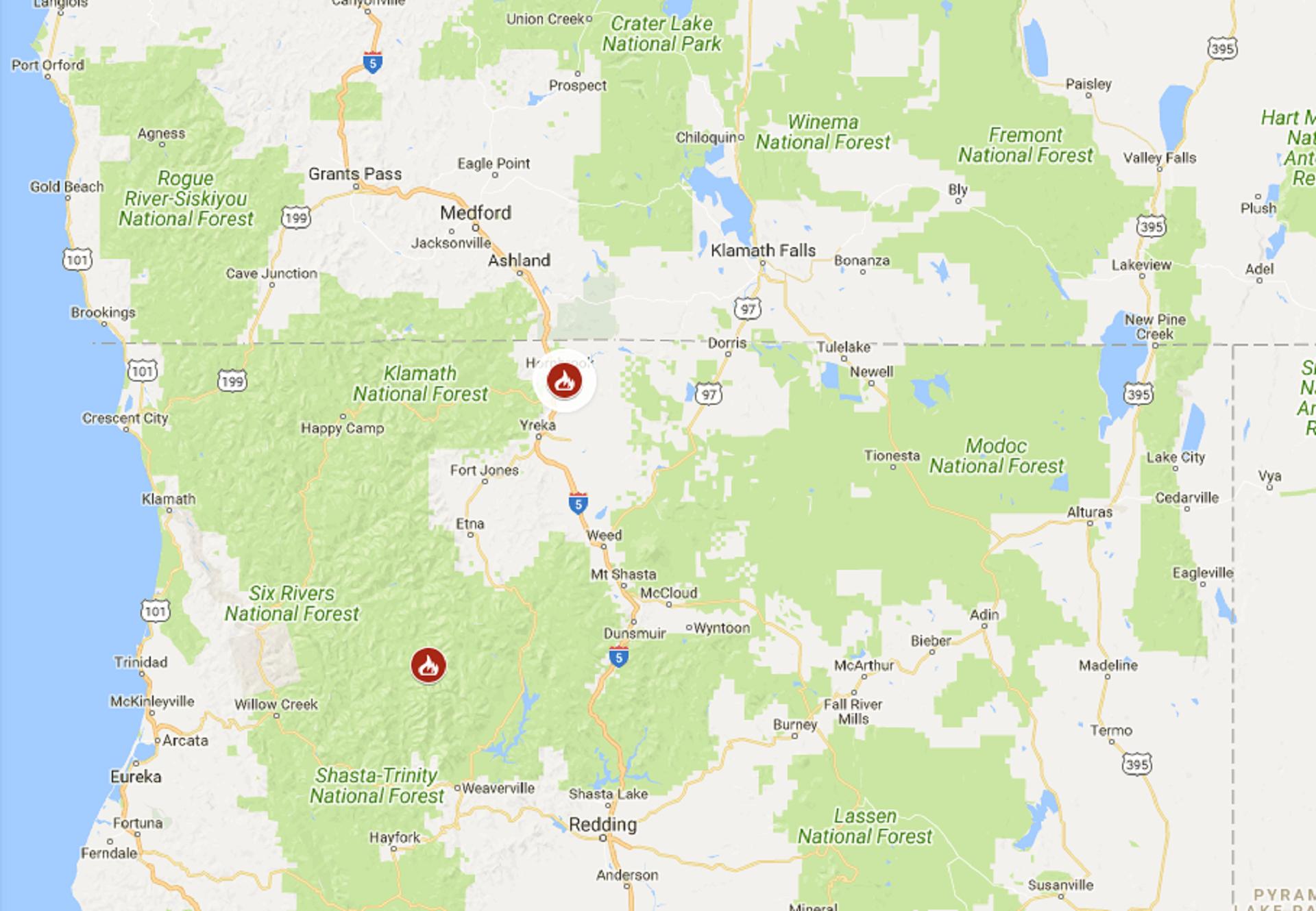 One Person Dies In Wildfire Near California-Oregon Border | The - Oregon California Fire Map
